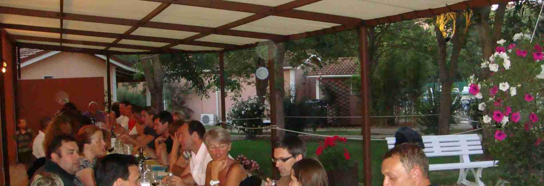 terrasse-village-de-gîtes.jpg