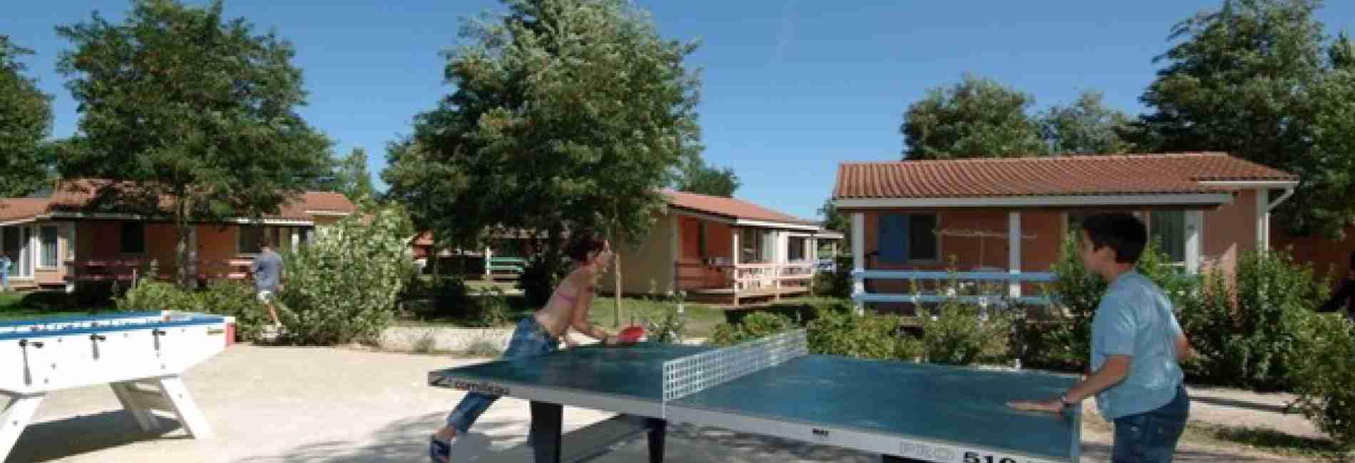 ping_pong-village-de-gite.jpg