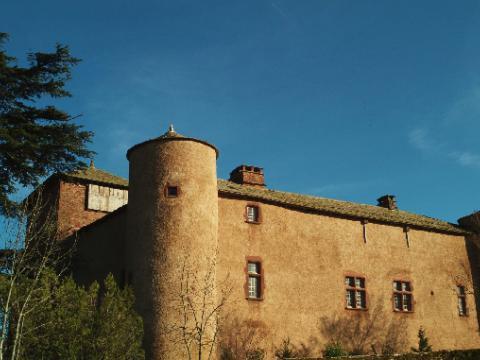 chateau-esplas-village-de-gites.jpg