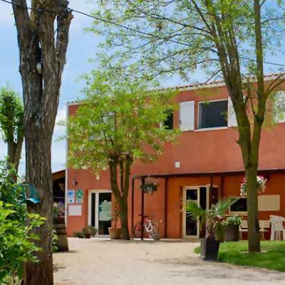 accueil-salle-commune-village-vacances.jpg